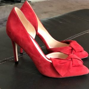 Suede Nine West D'orsay pump with Bow, never worn